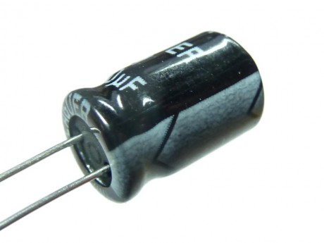 Kondensator 1u 50V elektrolityczny THT (10szt)