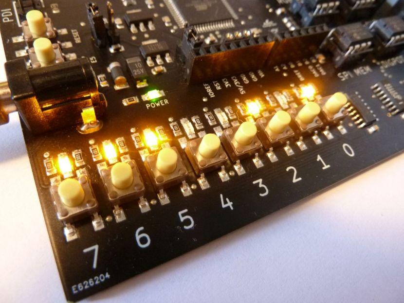 PORTX przyciski i diody LED